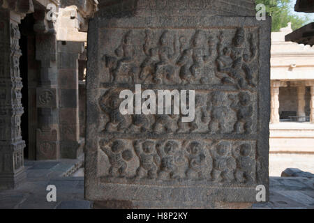 Carving depicting procession of Siva-Parvati marriage, Inner pillars, agra-mandapa, Airavatesvara Temple, Darasuram, - Stock Photo