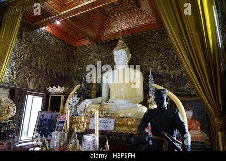 teak buddha at Wat Buppharam temple, Chiang Mai - Stock Photo