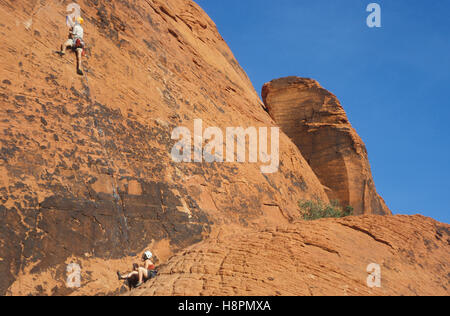 Climbers in the Calico Hills, Red Rock Canyon near Las Vegas, Nevada, USA - Stock Photo