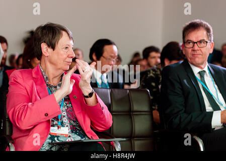 Marrakech, Morocco. 15th Nov, 2016. The German Federal Minister of the Environment Barbara Hendricks and Federal - Stock Photo