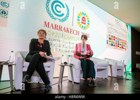 Marrakech, Morocco. 15th Nov, 2016. The German Federal Minister of the Environment Barbara Hendricks (R) and the - Stock Photo