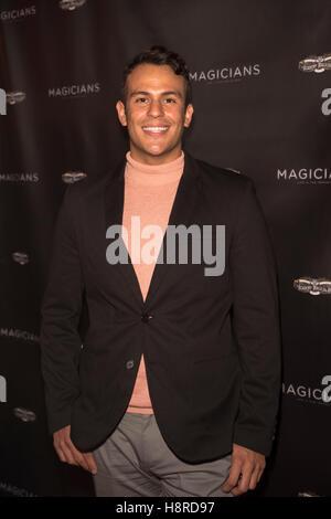 Los Angeles, California, USA. 15th November, 2016. Ulysses Morazan arrives at Magicians: Life In The Impossible - Stock Photo