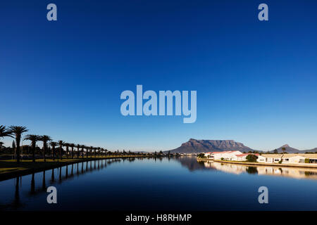 South Africa, Western Cape, Cape Town, Table Mountain and Milnerton Vlei - Stock Photo