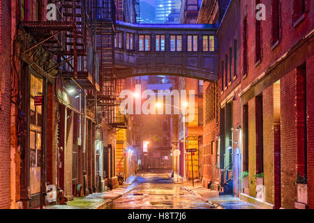 Alley in the Tribeca neighborhood in New York City. - Stock Photo