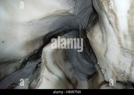 Close up of an ice cave in Larsbreen, Svalbard, Spitsbergen, Norway Nahaufnahme der Gletscherhöhle des Larsbreen - Stock Photo