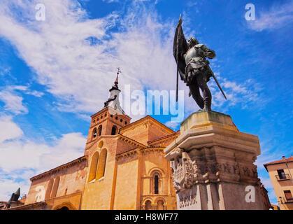 Spain, Castile and Leon, Segovia, Old Town, View of the San Martin Church on the Medina del Campo Square. - Stock Photo