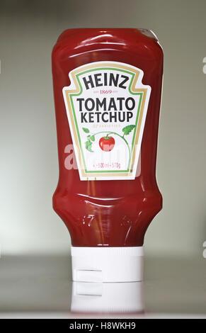 Plastic bottle of Heinz tomato ketchup - Stock Photo
