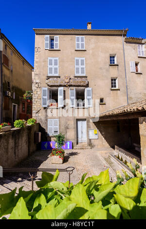 Fontaine village de venlensole haute provence france stock photo royalty free image 125991887 - Office du tourisme italien en france ...