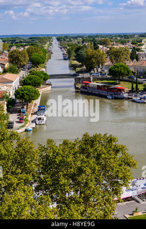 Canal du Midi Vue des Ramparts d'Aigues Morte Camargue France 30 - Stock Photo