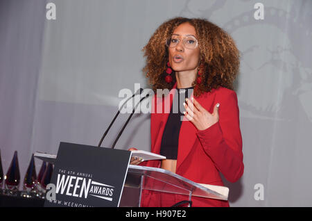 New York, NY, USA. 19th Oct, 2016. Elaine Welteroth attends the sixth annual WEEN awards to honor women leaders - Stock Photo