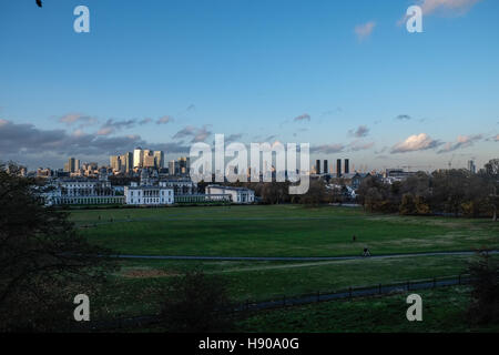 London, UK. 17th November 2016. Visitors enjoy late afternoon sunshine in Greenwich Park, South East London,whilst - Stock Photo