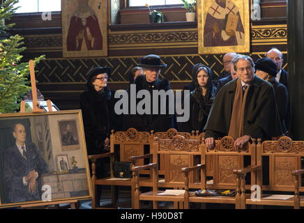Copenhagen, Denmark. 10th Jan, 2017. Count Pierre Cheremetieff (Sheremetev, right), and members of the House of - Stock Photo