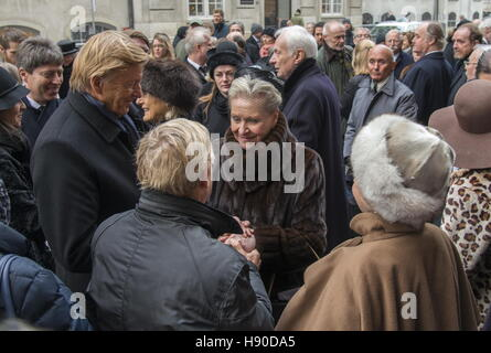 Copenhagen, Denmark. 10th Jan, 2017. Prince Dimitri Romanovich Romanov's widow Dorrit Reventlow (C) and members - Stock Photo