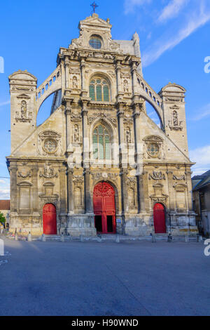 View of the church of Saint Pierre, in Auxerre, Burgundy, France - Stock Photo