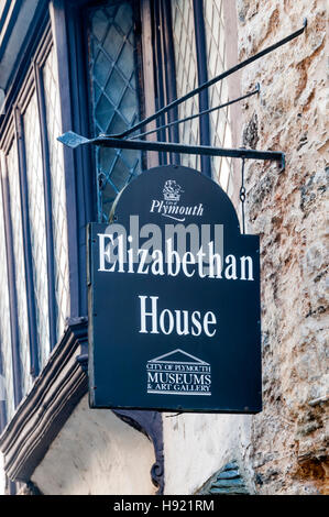 A sign on the Elizabethan House in New Street, Plymouth. - Stock Photo