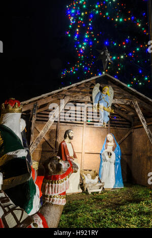Outdoor Nativity Scenes That Light Up Christmas scene nativity display at night with lights new jersey christmas display of holy family in traditional outdoor nativity setting stock photo workwithnaturefo