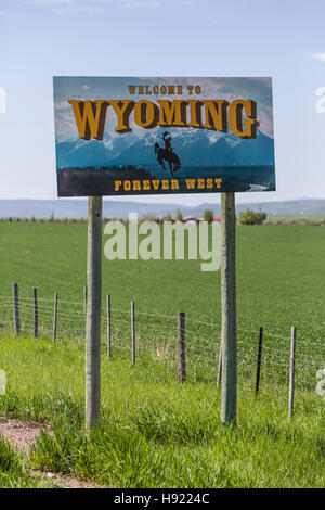 Welcome to Wyoming Sign close-up - Stock Photo
