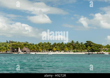 Beach at the Four Seasons Hotel in Mauritius. - Stock Photo
