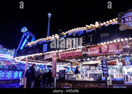 Stalls At The Winter Wonderland Christmas Market At Hyde Park In - Winter wonderland london map 2016