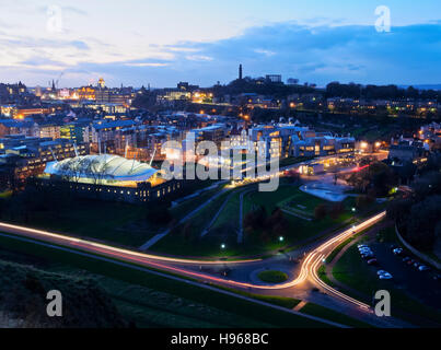 UK, Scotland, Edinburgh, Twilight view towards Our Dynamic Earth, Scottish Parliament Building and the Calton Hill. - Stock Photo