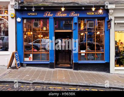 UK, Scotland, Edinburgh, View of the Bow Bar. - Stock Photo