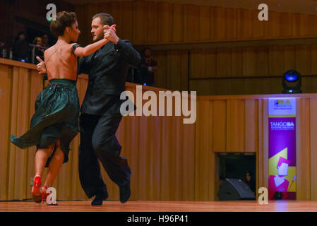 couple dancing tango in the world tango championships dance stock photo 134252222 alamy. Black Bedroom Furniture Sets. Home Design Ideas