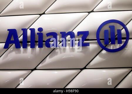 das Logo der Marke 'Allianz', Berlin. - Stock Photo