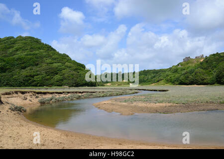 Penmaen Pill and Pennard Castle, Three Cliffs Bay on Gower Peninsula, Wales - Stock Photo