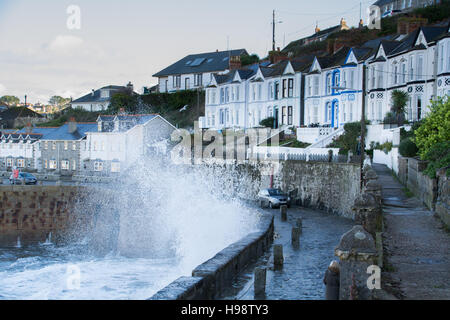 Porthleven, Cornwall, UK. 20th November 2016. UK Weather. Big waves brought in by Storm Angus and the supermoon - Stock Photo
