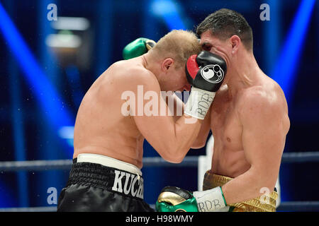 Hanover, Germany. 19th Nov, 2016. IBO World Champion Marco Huck (r) and Dmitro Kutscher from Ukraine in action during - Stock Photo