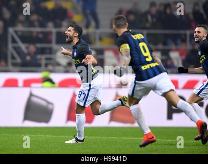 Milan. 20th Nov, 2016. Inter Milan's Antonio Candreva (L) celebrates scoring during the Italian Serie A football - Stock Photo