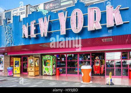 New York amusement arcade for playing games, pool, slot machines and betting. Southend-on-sea, Essex,England - Stock Photo