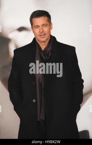 London, UK. 21st Nov, 2016. Brad Pitt attends the UK Premiere of 'Allied' at Odeon Leicester Square. Credit:  Ferdaus - Stock Photo
