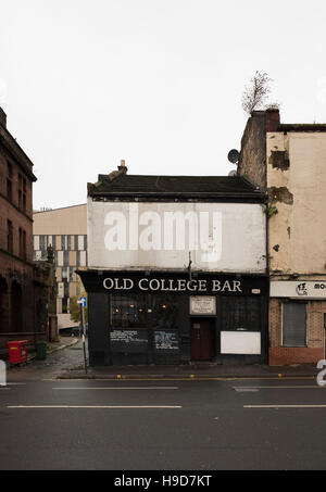 Old college Bar, the oldest pub in Glasgow - Stock Photo