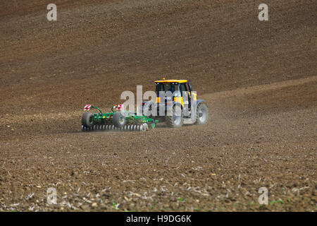 JCB Fastrac 3000 Series,tractor crop field harrow preparation, agriculture, crop, rural, land, tractor, plough, - Stock Photo