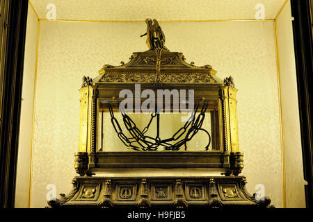 italy, rome, basilica of San Pietro in Vincoli (St. Peter in Chains), reliquary containing the chains of St. Peter - Stock Photo