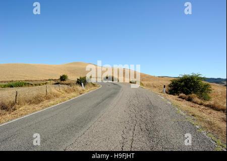 italy, tuscany, crete senesi, country road - Stock Photo