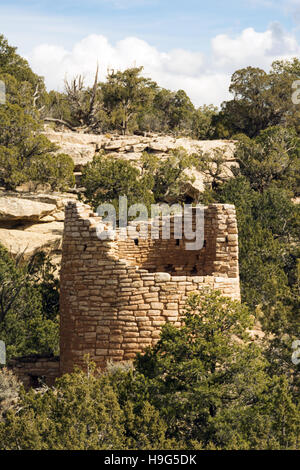 Utah, Hovenweep National Monument, Ancestral Puebloan ruins, Cutthroat Castle Group - Stock Photo