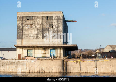Part of the Trent Lane Depot, an old disused inland port warehouse building on the River Trent, Nottingham, England, - Stock Photo