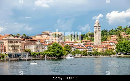 Waterfront of Pallanza at Lago Maggiore seen from the seaside, Piemont, Italy |  Seepromenade von Pallanza am Lago - Stock Photo