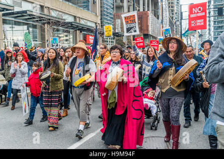 Anti Kinder Morgan Pipeline Protest Rally and March, Vancouver, British Columbia, Canada. - Stock Photo