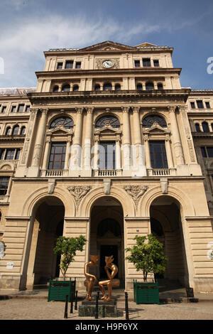 The Lonja del Comercio (Commerce Market) building in Old Havana, Cuba. Previously the Stock Exchange. - Stock Photo