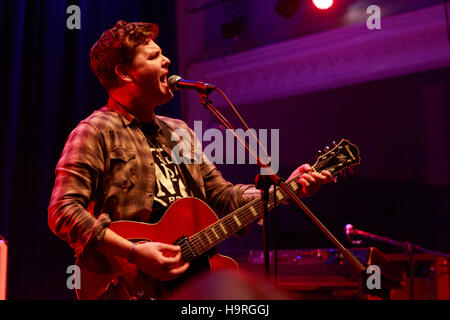 Edinburgh, UK. 25th November 2016. Broken Witt Rebels performs on stage at the Edinburgh Queen's Hall. Pako Mera/Alamy - Stock Photo