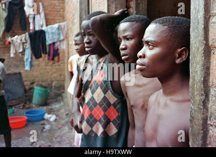 6th May 1995 Hutu child prisoners inside Gikondo Prison in Kigali, Rwanda. - Stock Photo