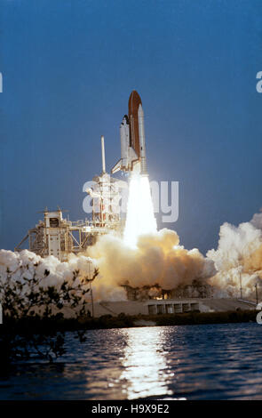 space shuttle columbia take off - photo #36