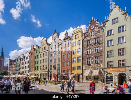 Poland, Pomerania, Gdansk (Danzig), patrician houses at Long Market (Langer Markt/Dlugi Targ) - Stock Photo