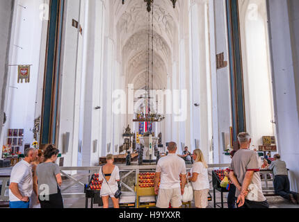 Poland, Pomerania, Gdansk (Danzig), Basilica of the Assumption of the Blessed Virgin Mary (St. Mary's Church), interior - Stock Photo