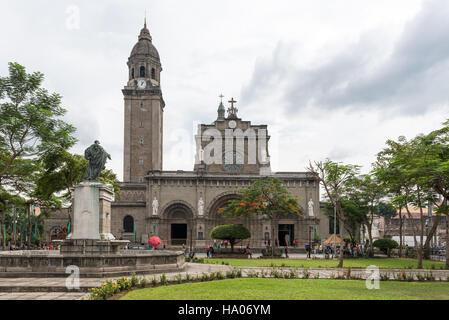 Manila Cathedral in Plaza de Roma, Intramuros, Manila.  Roman Catholic minor basilica - Stock Photo