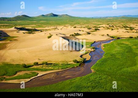Mongolia, Ovorkhangai province, sand dune at Batkhan national parc - Stock Photo