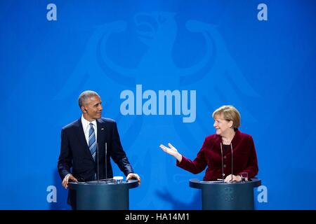 U.S. President Barack Obama and German Chancellor Angela Merkel hold a press conference at the German Chancellery - Stock Photo